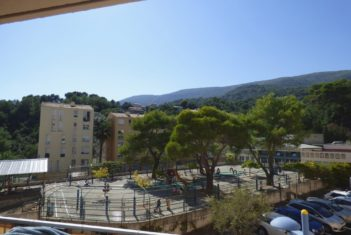 APPARTEMENT 5 PIECES – 92 M2 – CARROS
